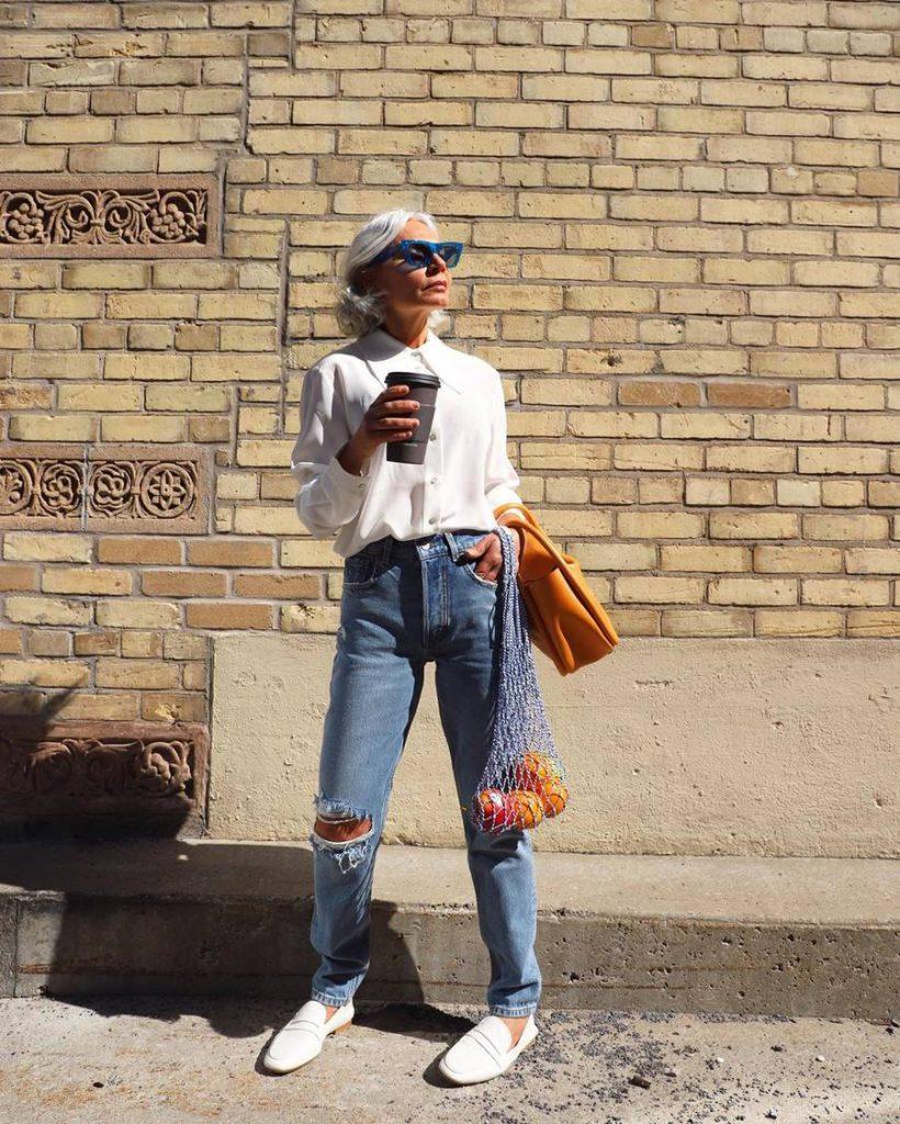 looks com jeans rasgado mulheres maduras