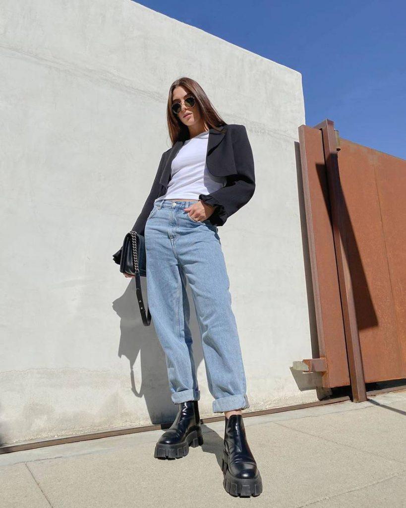 look com blazer cropped e jeans